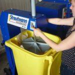Veilige bediening van de vuilnisbakpers / restafvalpers